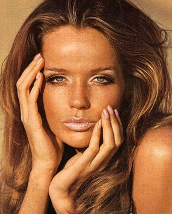 veruschka+sixties+makeup Megan Fox Golden Globes