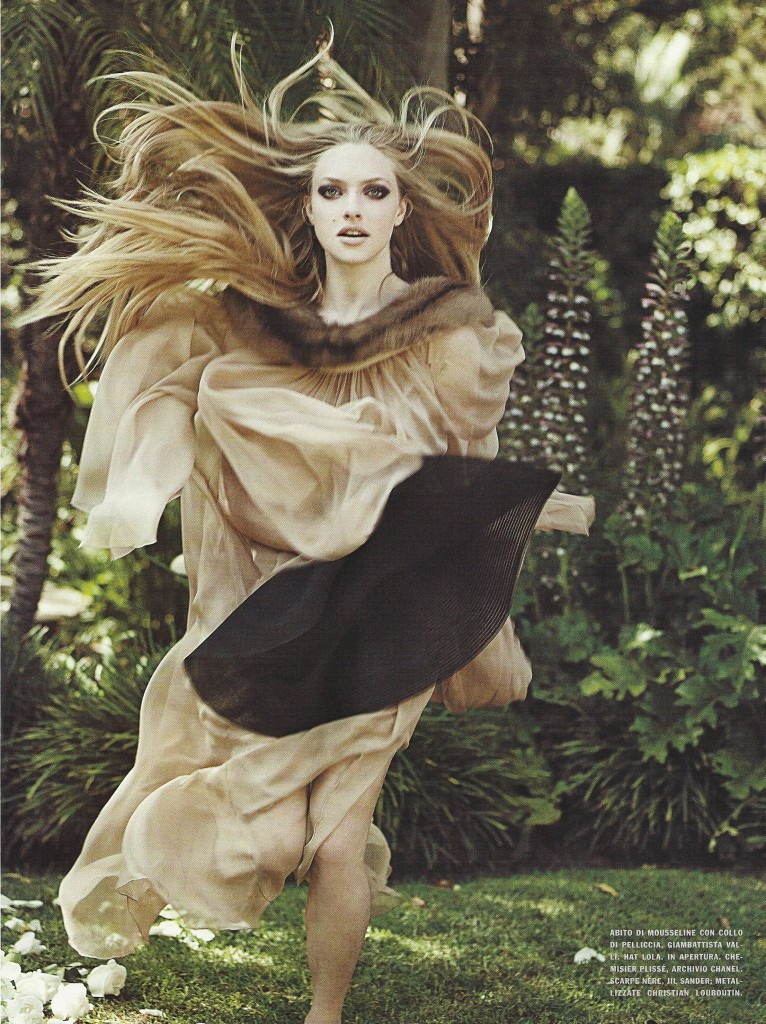 Nov 2009 766x1024 Amanda Seyfried Italian Vogue
