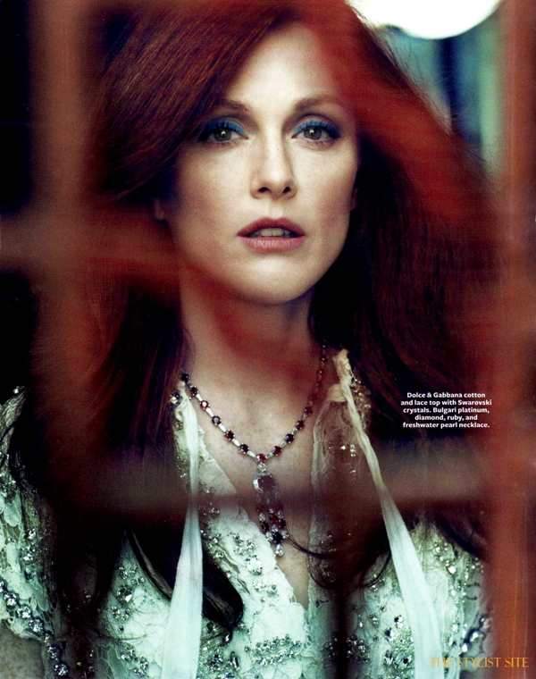 instyle march 2011 julianne moore 6 Julianne Moore In Style
