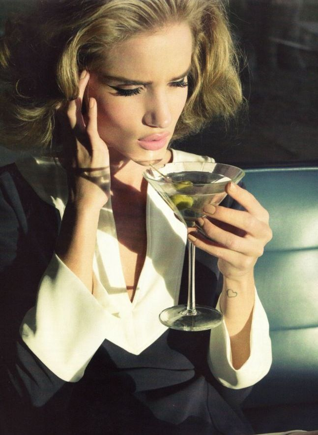 golden eye rosie huntington whiteley for harpers bazaar january 2012 uk 8 1 UK Bazaar:  Rosie Huntington Whiteley