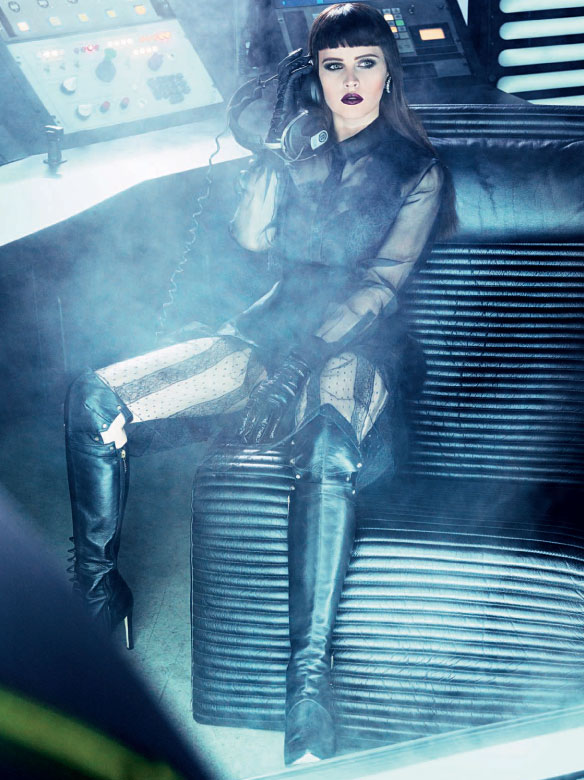 felicity Felicity Jones: Vogue Italia